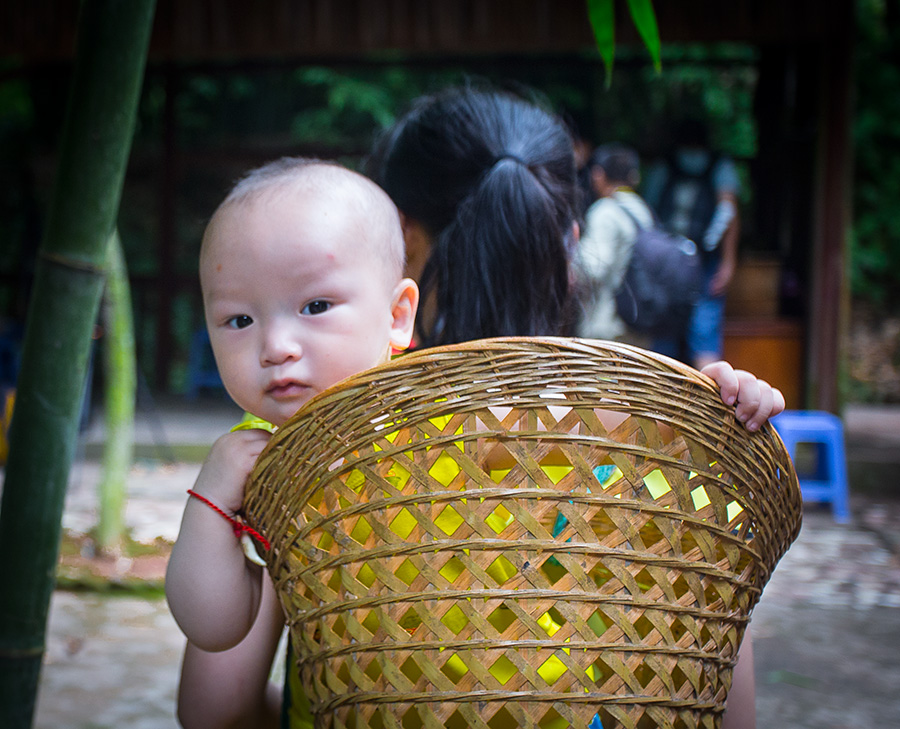 小儿童-《大众摄影》浙江俱乐部(2星)短头发的头型发型背篓女图片