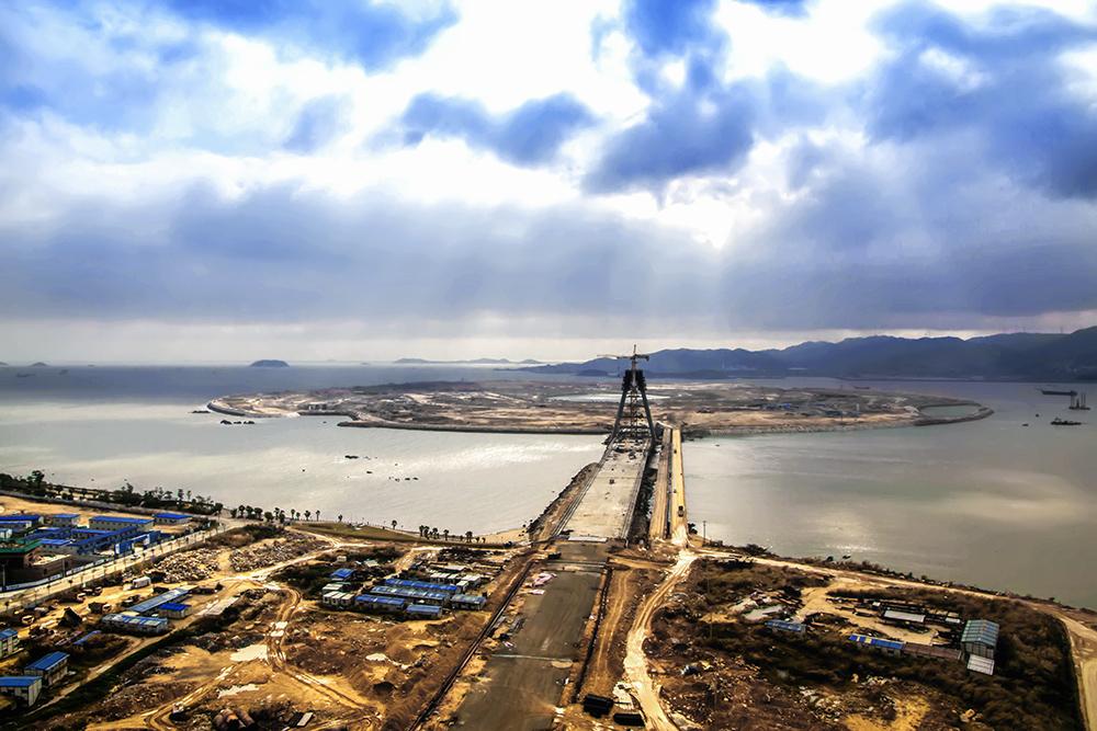 """建设中的双鱼岛连接桥-""""魅力厦门湾 多彩漳州港""""全国"""