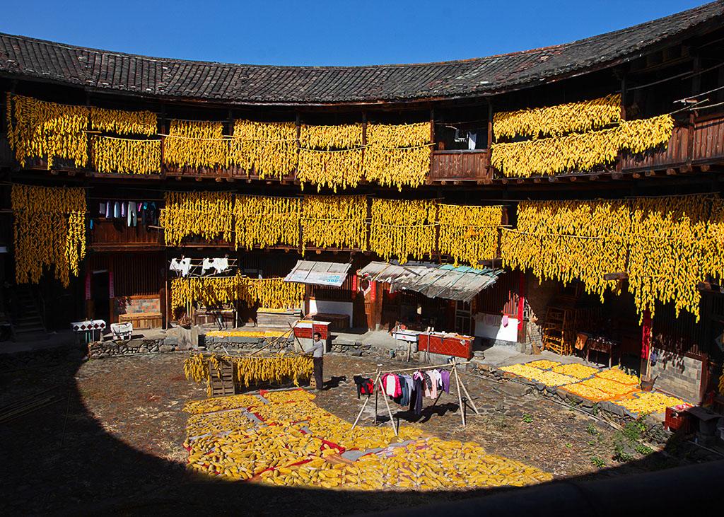 《土楼秋色》2012,11,19摄于南靖梅林镇梅林村.jpg图片